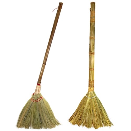 All Natural Vietnamese Straw Broom 40 Inch 20pk Assortment